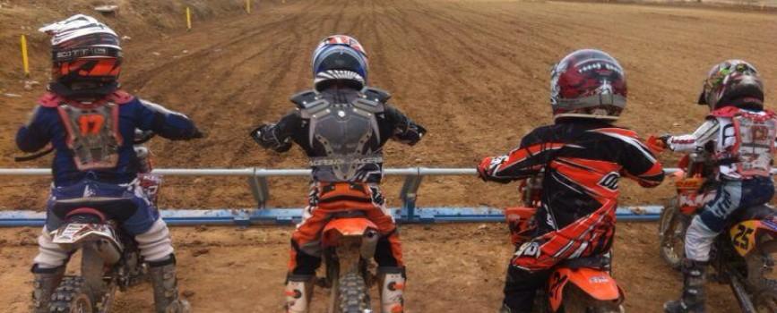 Motocross, colaborar con el deporte